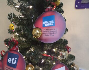 Messages on our tree of festive cheer 5
